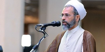 روحانی عصر انقلاب اسلامی باید سینهچاک انقلاب باشد