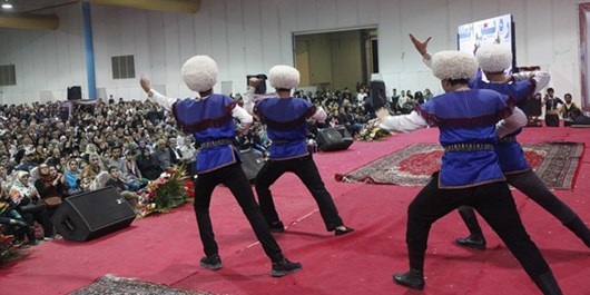 افتتاح جشنواره فرهنگ اقوام در گنبدکاووس با حضور مردم و مسوولان استانی