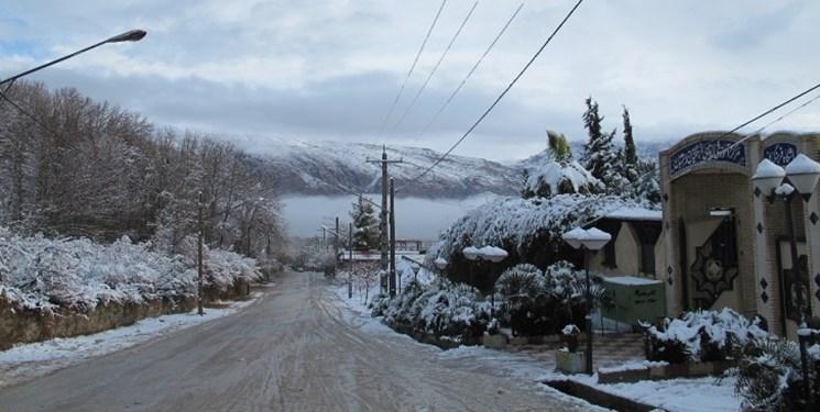 ماندگاری هوای سرد در برخی نقاط کشور/آسمانی صاف در اغلب شهرها از ۹ اسفند