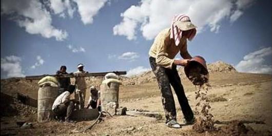 همکاری برای اجرای طرح های محرومیت زدایی بسیج و  برگزاری یادواره 2 هزار شهید استان بوشهر