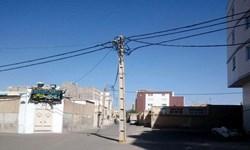 جابجایی ۱۲۰۰ اصله از تیر برق های معارض در بافت های فرسوده تهران