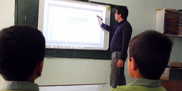 فارس من| قربانزاده: آموزش و پرورش متولی رسیدگی به معلمان مدارس غیردولتی نیست