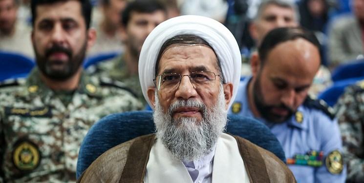 حجت الاسلام محمدحسنی انتخاب قالیباف به عنوان رئیس مجلس را به وی تبریک گفت