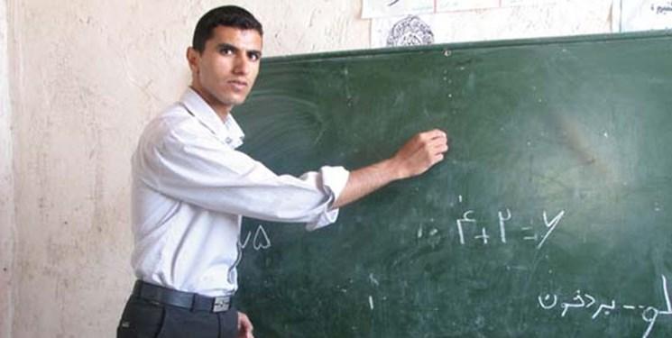فارس من| آموزش و پرورش در تعیین میزان حقوق سربازمعلمان هیچ نقشی ندارد