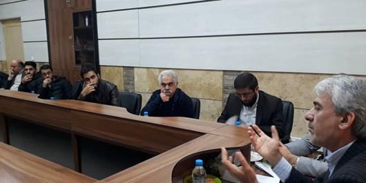 فارس دومین بارانداز مواد مخدر در کشور/ بحثهای داغ دانشجویان با یک مدیرکل