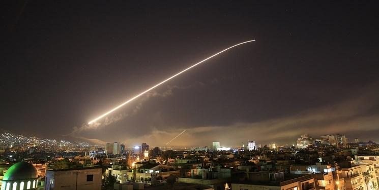 مقابله پدافند هوایی سوریه با پهپادهای متجاوز به شهر جبله