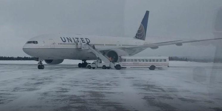 مسافران یک پرواز آمریکایی ۱۴ ساعت در دمای زیر صفر گرفتار شدند