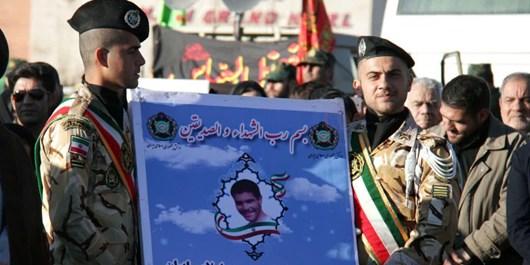 پیکر شهید احمدی پس از 30 سال در کنار همرزمانش آرام گرفت