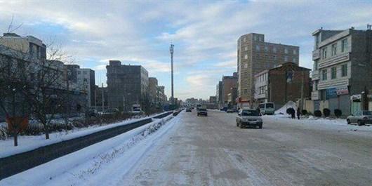 شهر در تسخیر لایههای قطور یخی