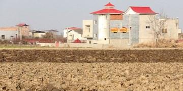 جولان ساخت و سازهای غیرمجاز در اراضی  کشاورزی/ شبستر تشنه است