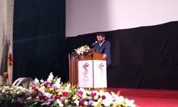 فیلم / قطع پخش فیلم با ورود استاندار خوزستان به سینما