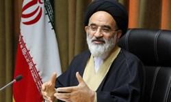 انقلاب به سادگی به ۲۲ بهمن ۵۷ نرسید/ برای فلج کردن مردم، ایران را تحریم میکنند