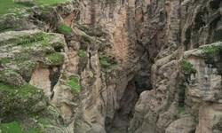 سقوط یک گردشگر به دره دوزویل در لالی