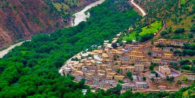 ارزیابان یونسکو از سه روستای جوانرود بازدید میکنند