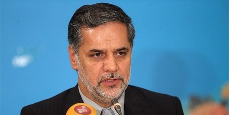 نقوی حسینی: حمله به نمایندگان انقلابی چون کریمی قدوسی برای انحراف افکار عمومی از مشکلات است