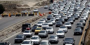 محدودیت ترافیکی پایان هفته در جاده های شمال/ ترافیک سنگین در آزادراه های قزوین-کرج و ساوه-تهران