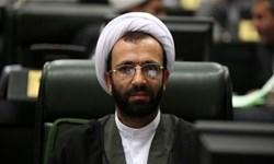 آقای روحانی! خون شما رنگینتر از یک میلیون دانشآموزی است که باید سر جلسه کنکور حاضر شوند