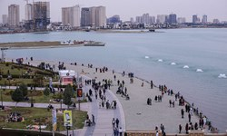 تخلیه اسکله شرقی دریاچه شهدای خلیج فارس/ جمعآوری اشیاء غرق شده آغاز شد