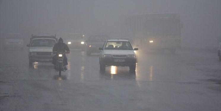 مه گرفتگی و کاهش دید در محورهای سردسیر و کوهستانی از امشب/ بارش برف و باران از دوشنبه آینده