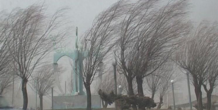 وزش باد شدید اصفهان را فرا میگیرد/ هوای استان دوباره گرم میشود