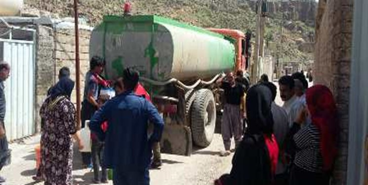 سایه سنگین بحران آب بر روستاهای اصفهان/ آبرسانی سیار به ۱۶۹ روستای استان