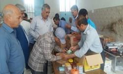 ارسال کمکهای فرهنگیان و دانشآموزان فارس به مناطق سیلزده