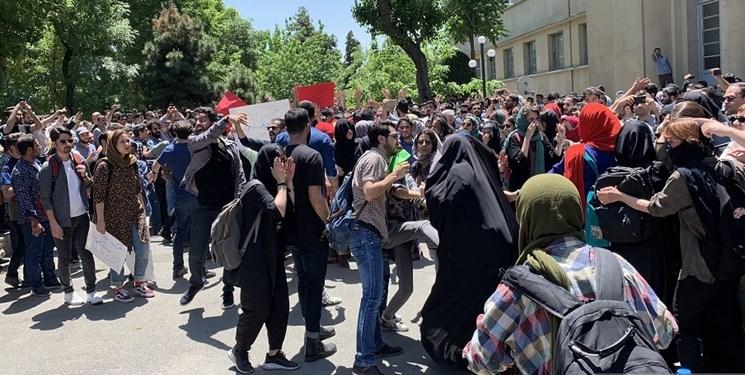 فیلم | در دانشگاه تهران چه گذشت؟ / فیلمهایی دیده نشده از اتفاقات روز گذشته