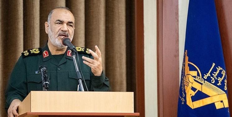 سرلشکر سلامی: سپاه برای مقابله با کرونا آرایش جنگی گرفته است