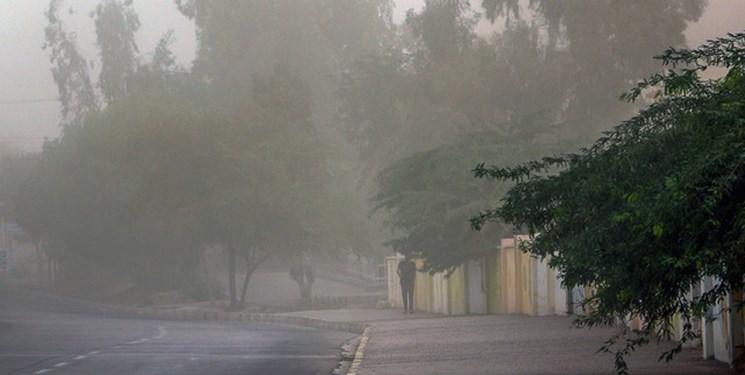باران و باد شدید ۱۵ اسفند در پایتخت/اختلاف دمای ۴۰ درجهای ۲ شهر کشور