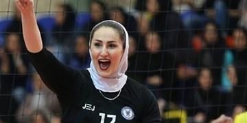 بانوی والیبالیست ایران در حال بررسی پیشنهادات رومانی