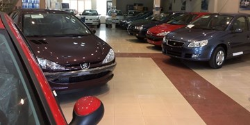 تعطیلی بازار خودرو و افت 32 درصدی قیمتها