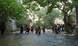 سفری با خانواده به خنکای رودخانه دائمی در فارس