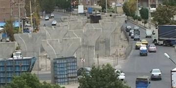 بازدید شبانه وزیر از پروژه پل روگذر میدان معلم بناب!/ انتظار مردم برای افتتاح میدان معلم  10 ساله شد