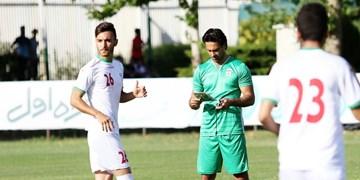حضور یک بازیکن دورگه در تمرین تیم امید/مجیدی تمرین را تماشا کرد