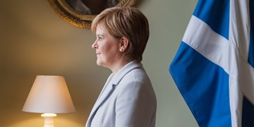 اسکاتلند، انگلیس را تهدید کرد