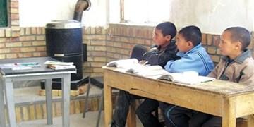 ۹۰۰ کلاس درس در خراسان رضوی با بخاری نفتی گرم میشود