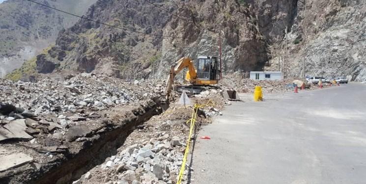 تلاش بیوقفه آبفای شهرستان باشت جهت رفع شکستگی خط انتقال آب شادگان