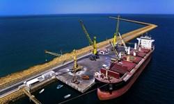 ثبت رکورد تخلیه وخروج همزمان ۱۳۵۰۰ تن کالای اساسی از یک کشتی در یک روز