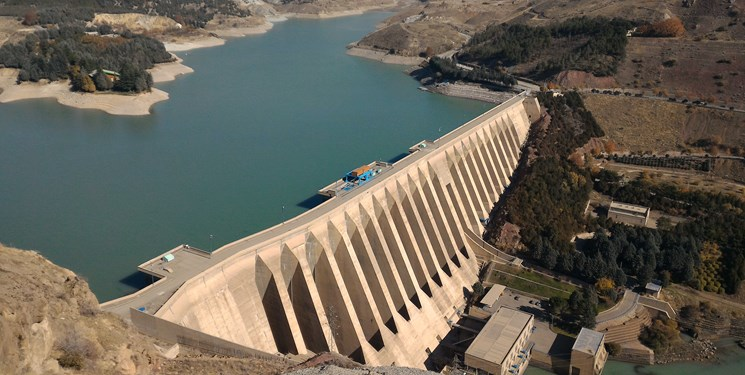 دریچههای سد لتیان فردا باز میشود/ مردم اطراف رودخانهها اتراق نکنند