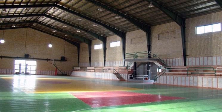 احداث مجموعه فرهنگی ورزشی کارگران در وایقان شبستر