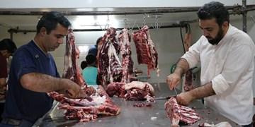 توزیع گوشت قربانی بین 2600 خانوار در اردکان+تصاویر