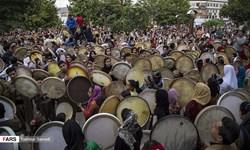 بزرگترین مراسم مولودیخوانی کشور در سنندج برگزار شد