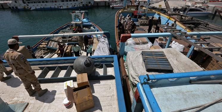 شناور حامل ۲۳ میلیارد ریال کالای قاچاق در کنگان توقیف شد
