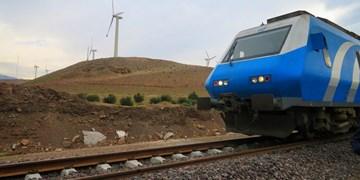 برخورد قطار مسافری رشت مشهد با واگن متوقف در ایستگاه/ مسافران سالماند