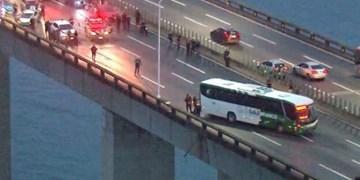 مرد مسلح در برزیل مسافران اتوبوس را گروگان گرفت
