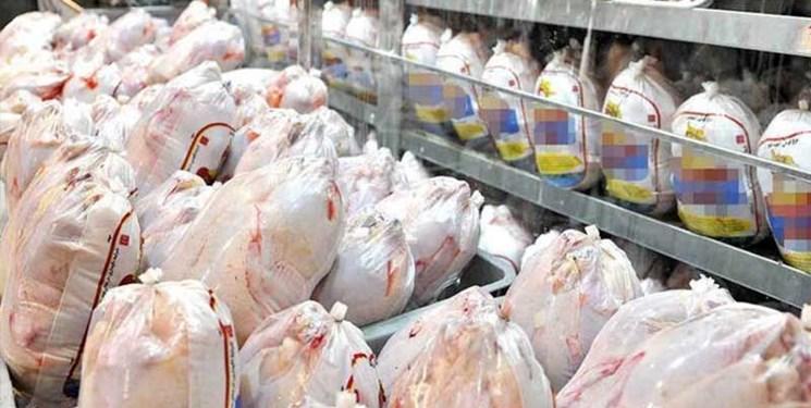 اسفندماه 70 هزار تن بیش از نیاز کشور مرغ تولید می شود