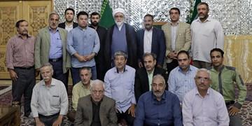 تولیت آستان قدس رضوی از رانندگان نیکوکار مشهدی تجلیل کرد