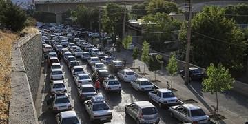 ترافیک سنگین در هراز و آزادراه رشت-قزوین/محور کندوان و آزادراه تهران-شمال یک طرفه شد