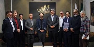 حسین علیزاده دستنویس«نینوا» را به موزه موسیقی اهدا کرد