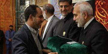 دولت باید بسترساز ظهور باشد/ اهدای پرچم عزای حسینی به هیأتهای مذهبی سراسر کشور